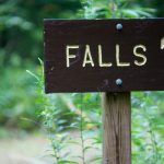 Sign for Toms Spring Falls