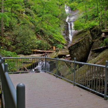 Observation Deck Added at Toms Creek Falls