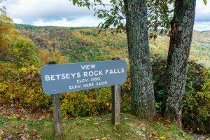 Betseys Rock Falls Overlook