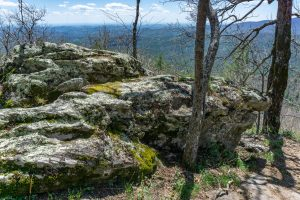 Rocks at Lookout 3 on Chinquapin Mountain